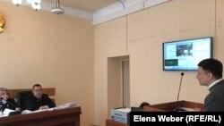 Юрист Тлек Ибраев в суде. Караганда, 2 апреля 2019 года.