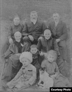Семья Энгельгардтов, ст. Иноземцево, начало ХХ века