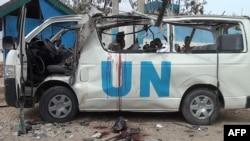Архівне фото: мікроавтобус ООН після нападу в місті Ґарове на північному сході Сомалі, 20 квітня 2015 року
