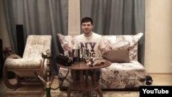 Кадр из видео; предположительно, на нем запечатлен Зелимхан Бакаев