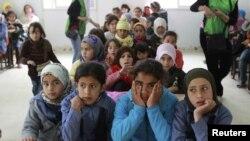 Fëmijë sirianë në kamp jordanez, foto nga arkivi