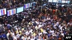 Трейдеры на Нью-Йоркской бирже не успевают фиксировать рекорды, которые ставят цены на нефть