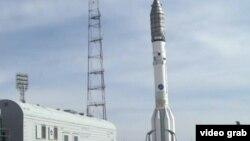 Ракета со спутником KazSat-3 на Байконуре.