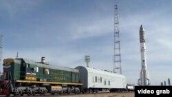 Ракета «Протон-М» с космическими аппаратами «КазСат-3» и «Луч-5В».