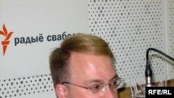 Джонатан Мур