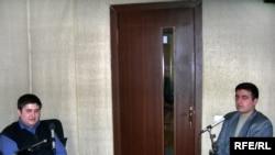 Bakı Dövlət Universitetinin tələbəsi Aqil Familoğlu və «Tələbə.az» portalının rəhbəri Mürsəl Əliyev