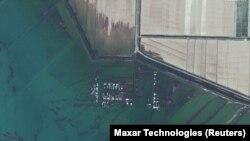 Казакстандын суу астында калган Мырзакент айылы. 2020-жылдын 3-майында жандоочтон тартылган сүрөт.