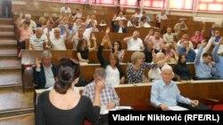 Poslanici Skupštine Opštine Čačak bez rasprave izabrali nove direktore