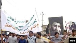 مقتدی صدر در میان شیعیان عراق طرفدارن زیادی دارد.