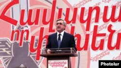 Armenia - President Serzh Sarkisian speaks at a campaign rally in Yerevan, 10Apr2012.