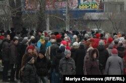 Участники схода-протеста в Иркутске