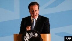 Premierul David Cameron vorbind despre imigrație