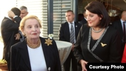 Atifete Jahjaga dhe Madeleine Albright