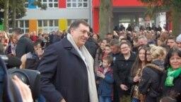 Milorad Dodik u stilu predizborne kampanje