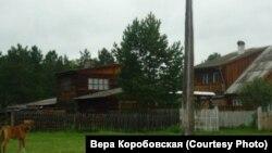 Село Верхняя Иреть, в школе которого работал директором Леонид Завозин