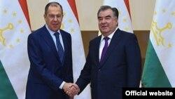 Сергей Лавров и Эмомали Рахмон. Фото с сайта президента РТ