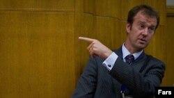 مایکل مان، سخنگوی کاترین اشتون، مسئول سیاست خارجی اتحادیه اروپا.
