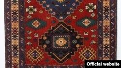 Azərbaycan xalçası (arxiv fotosu)