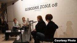 Svetlana Vuković, Svetlana Lukić, Dubravka Ugrešić i Jelena Vasiljevic na Slobodnoj zoni
