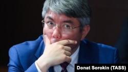 глава Бурятии Алексей Цыденов, решивший учредить новую награду