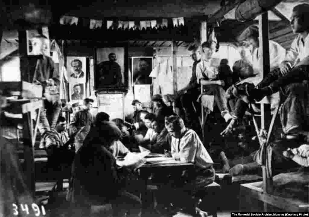 Patients are crowded into the cramped hospital at Belomorkanal Camp in 1932. Estimates of the number of forced laborers who died working on the canal range from 8,700 to more than 25,000.