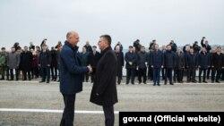 Pavel Filip și Vadim Krasnoselski la deschiderea podului de la Gura Bîcului - Bîcioc), 18 noiembrie 2017