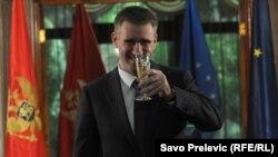 Премьер-министр Черногории Игор Лукшич после принятия резолюции министров иностранных дел ЕС