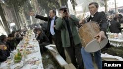Участие этнических меньшинств в процессе принятия решений в Грузии является довольно низким и проблематичным