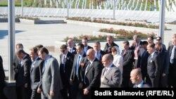 Премьер-министр Сербии Александр Вучич в Сребренице, 11 ноября 2015 года.