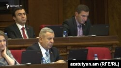 Armenia - Sergey Bagratian and other deputies from the Tsarukian bloc attend a parliament session in Yerevan, 20Dec2017