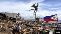 "Последствия тайфуна ""Хайян"" на Филиппинах. Таклобан, 13 ноября 2013 года."