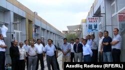 «Kolxoz» bazarında sahibkarlar işsiz qalıblar