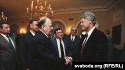 Станіслаў Шушкевіч з прэзыдэнтам ЗША Білам Клінтанам. 1994 г.