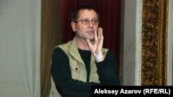 Журналист Сергей Дуванов. Алматы, 27 февраля 2014 года.