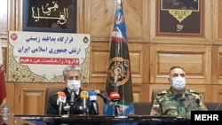 Admiral Mostafa Maddah, Head of army health, and Admiral Habbibollah Sayyari, Deputy Commander of Iran's regular Army, at a meeting of Bio-Defense Headquarters. March 23, 2020.