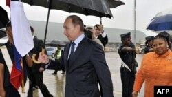 Rusiya prezidenti Vladimir Putin Cənubi Afrikada səfərdə olarkın çəkilən foto. 26 mart 2013