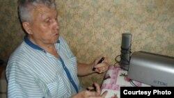 Зағип белсенді Виктор Тысяцкий. Алматы, 30 маусым 2012 жыл.
