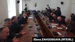 Парламент Абхазии принял постановление, в котором рекомендовал кабинету министров запретить майнинг до окончания ремонта ИнгурГЭС