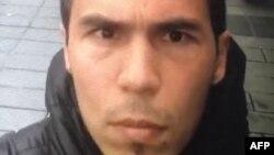 Полиция Стамбулдағы түнгі клубқа жасалған қарулы шабуылға күдікті санайтын адамның суреті.