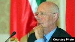 Համաշխարհային տնտեսական համաժողովի նախագահ Կլաուս Շվաբ, արխիվ