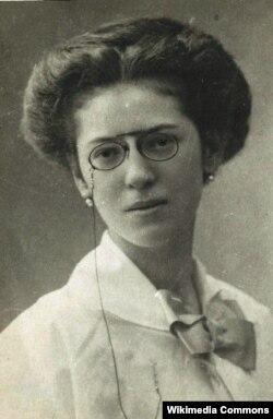 İlk azərbaycanlı pianoçu qadın, repressiya qurbanı Xədicə xanım Qayıbova 1893 –1938.