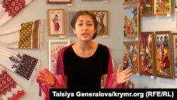 Кримська школярка, учениця творчої студії «Світанок» Еліна Сукач читає вірші Тараса Шевченка, квітень 2014 року
