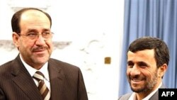 Iraqi Prime Minister Nuri al-Maliki (L) keeps mostly, friendly ties with Iranian President Mahmud Ahmadinejad (R).