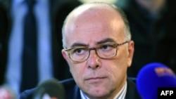 Министерот за внатрешни работи Бернард Казеневе