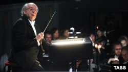 Gennady Rozhdestvensky gives a concert on his birthday in the Bolshoi Theater on May 5, 2011.