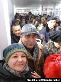 Очередь на пункте пропуска из Узбекистана в Казахстан. Декабрь 2017 года.