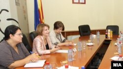 Macedonia - Meeting of Vice President of Government Affairs for European Teuta Arifi with former Deputy Prime Minister for European Integration, 25Aug2011