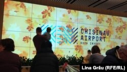 La Aeroportul Chișinău