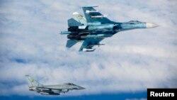 Российский истребитель в международном воздушном пространстве над Балтийским морем (архивное фото)