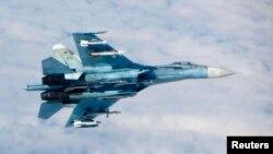 Российский истребитель Су-27. Иллюстративное фото.